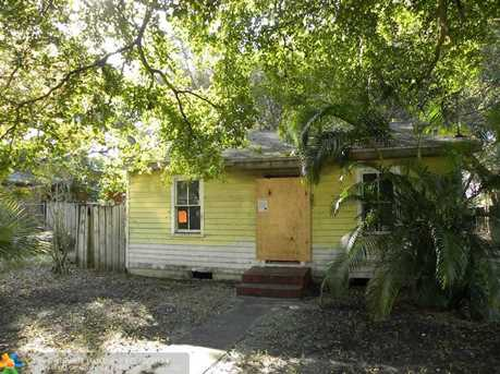 729 SW 15th Ave - Photo 1
