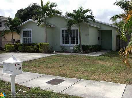 1117 NW 1st Ave - Photo 1