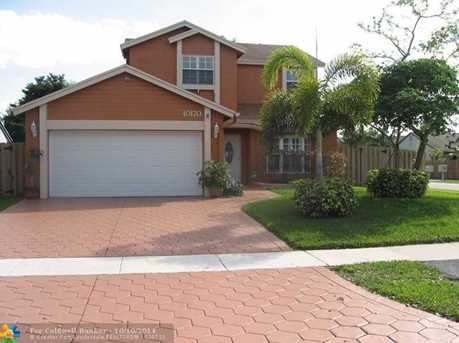 10170 NW 32nd St - Photo 1