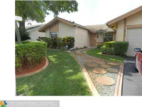 1317 SW 82nd Ave - Photo 1