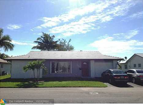 7200 NW 76th Dr - Photo 1