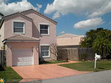 3025 Sunset Ln - Photo 1
