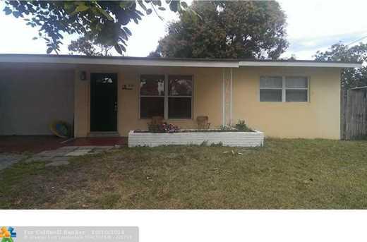 950 NW Boca Raton Blvd - Photo 1