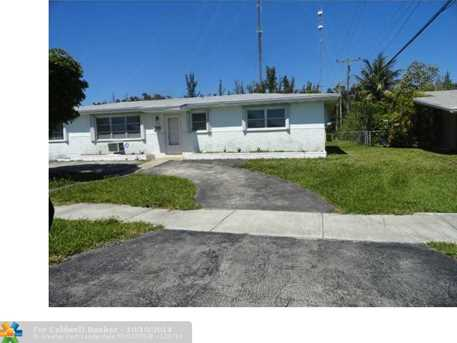 311 NW 206th Ter - Photo 1
