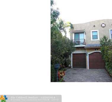 457 SW 5th Ave, Unit # 457 - Photo 1