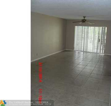 613 S State Road 7, Unit # 2H - Photo 1