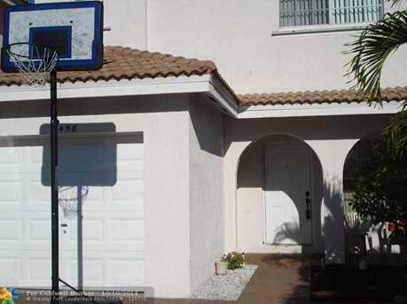 5458 NW 94th Ter - Photo 1