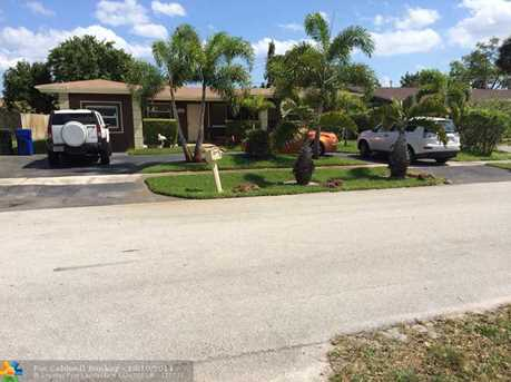 2020 NW 11th Ave - Photo 1