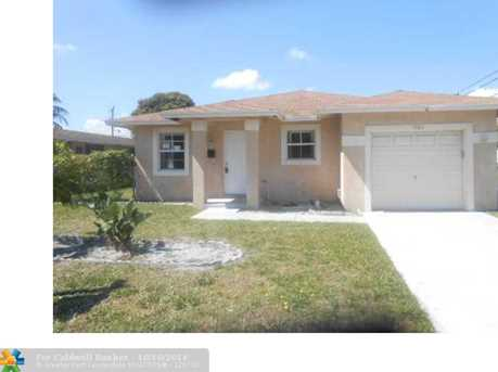 1583 NW 6th Ave - Photo 1