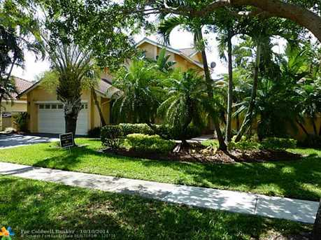 5745 SW 88th Ave - Photo 1