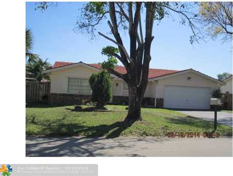 11530 NW 41st St - Photo 1