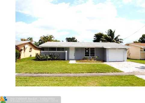 2998 NW 73rd Ave - Photo 1