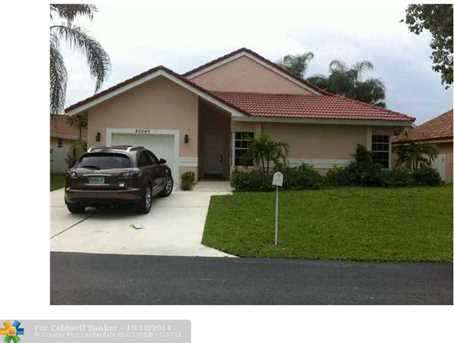 20540 NW 7 St - Photo 1