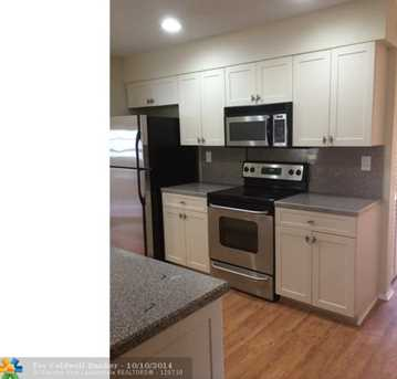 9711 NW 67th Ct - Photo 1