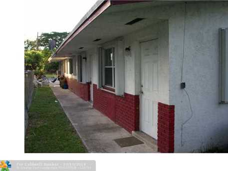 106 NW 12th Ave - Photo 1
