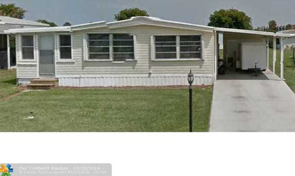 1570 SW 65th Ave - Photo 1