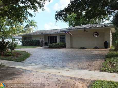 7410 NW 10th Pl - Photo 1