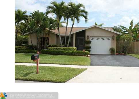 740 NW 48th Ave - Photo 1