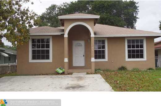 33 NW 7th Ave - Photo 1