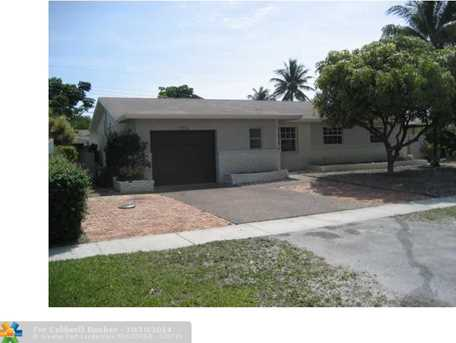 2310 NW 60th Ter - Photo 1
