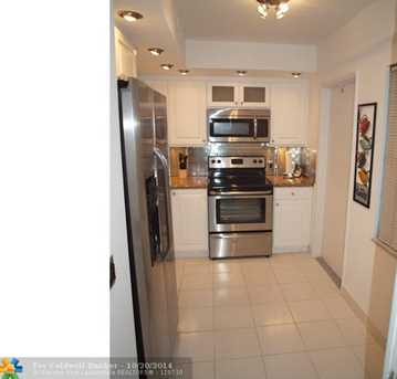 3150 N Palm Aire Dr, Unit # 203 - Photo 1