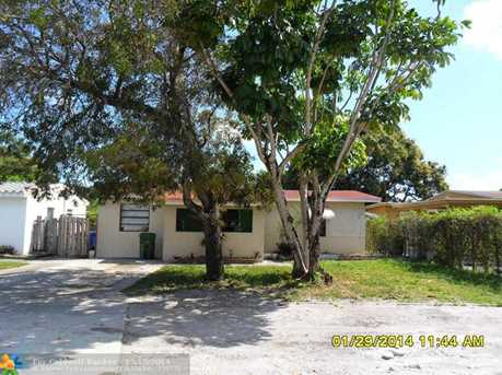 1712 NW 7th Ave - Photo 1