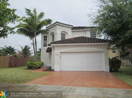 13673 SW 50th St - Photo 1