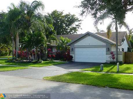 5795 SW 87th Ave - Photo 1