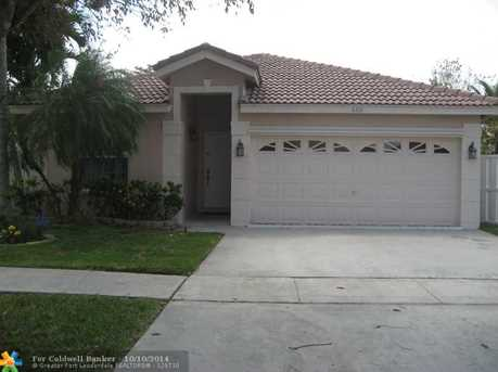 660 NW 182nd Way - Photo 1
