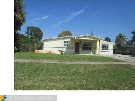 1100 NW 43rd Ter - Photo 1