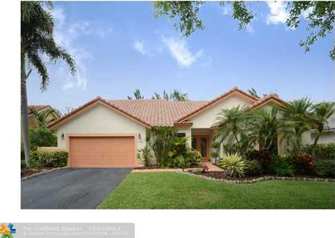 11029 NW 18 Dr - Photo 1
