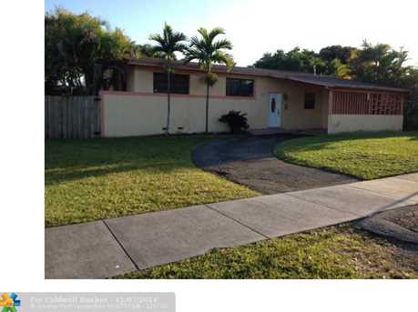 7870 SW 14th Ter - Photo 1