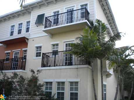 610 SW 1st Dr, Unit # 610 - Photo 1