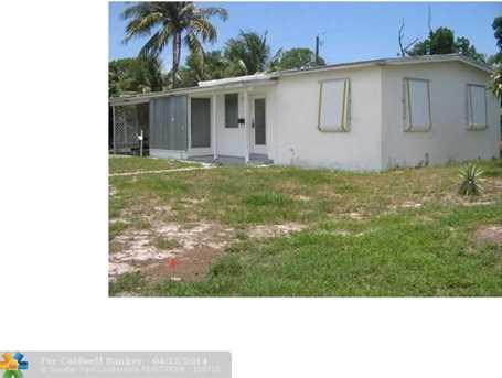 5280 NE 20th Ave - Photo 1