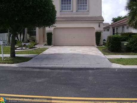 15804 NW 16th St - Photo 1