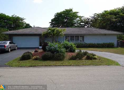 10820 NW 24th St - Photo 1
