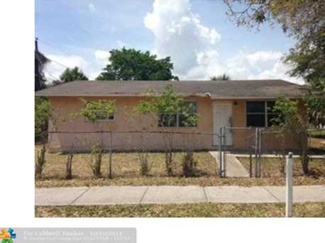 2500 NW 9th Ct - Photo 1