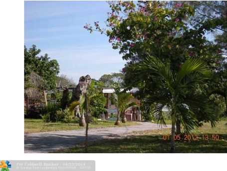 1472 SW 44th Ave - Photo 1