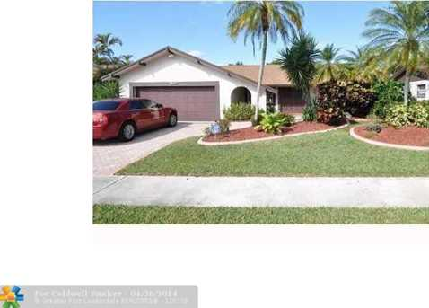 9511 NW 32nd Ct - Photo 1