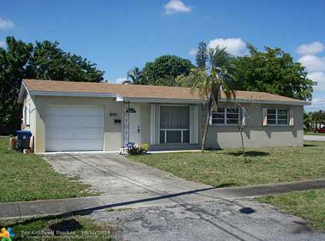 6101 NW 17th St - Photo 1