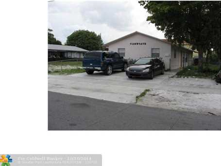 713 NW 4th Ave - Photo 1