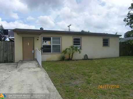 1401 NW 69th Ter - Photo 1