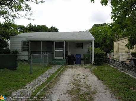 206 SW 10th St - Photo 1