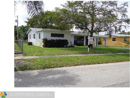 2155 SW 37th Ter - Photo 1