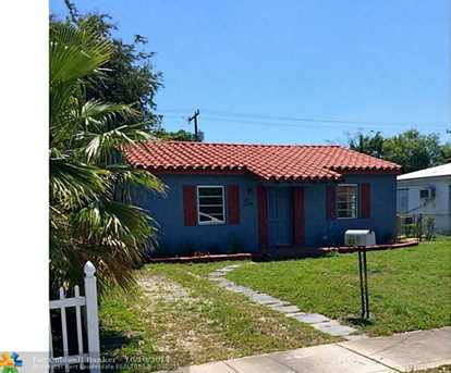 1440 NW 2nd Ave - Photo 1