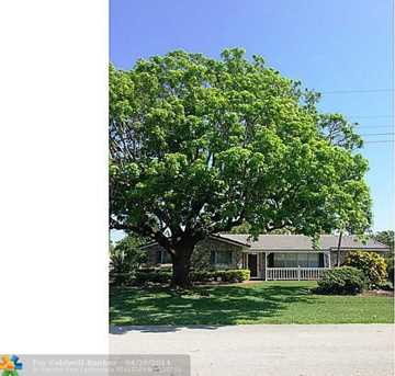 8109 NW 38th St - Photo 1