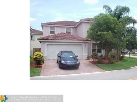 2045 NW 77th Ter - Photo 1