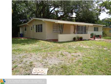 3001 SW 64th Ave - Photo 1