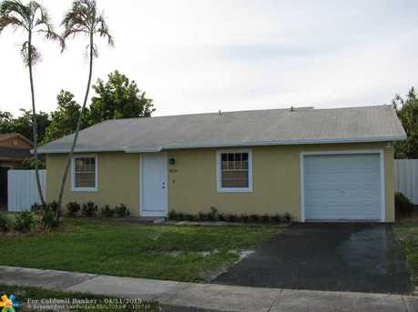 8231 SW 7th Ct - Photo 1