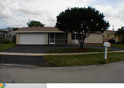 9610 NW 24th St - Photo 1